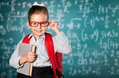 v-shkolakh-mogut-uvelichit-kolichestvo-urokov-matematiki-hexlm